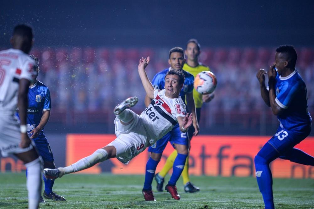 Pablo marcou dois gols contra o Binacional, sendo um deles de voleio — Foto: Staff Images / CONMEBOL