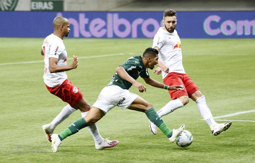 Rony, do Palmeiras, também foi diagnosticado com covid-19 — Foto: Marcos Ribolli