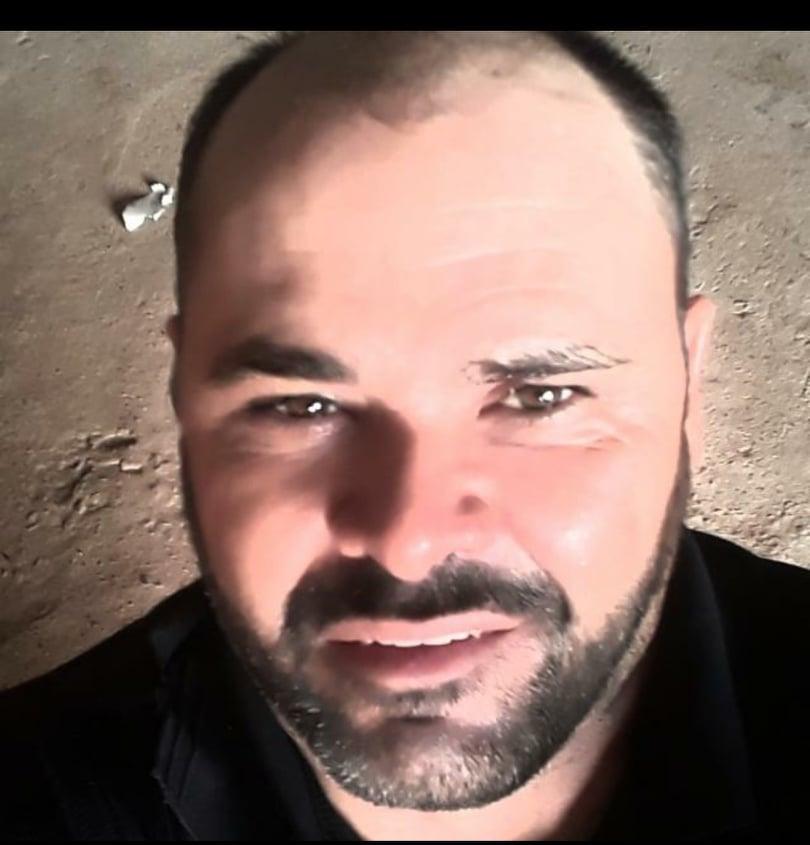 Vanderlei Torres Cavalcante 43 anos , morreu eletrocutado, no começo da tarde desta terça-feira (3).