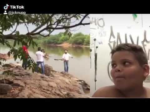Candidato cai em rio durante gravação do programa eleitoral.